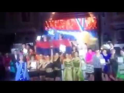 азербайдбанцы покинули зал когда звучал гимн Армении