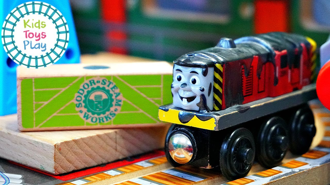 Thomas and Friends Wooden Railway Brendam Docks Track Build