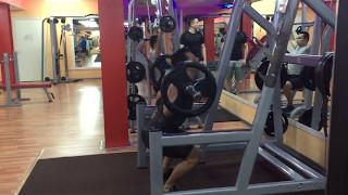 Видео  Приседания со штангой 65 кг Урок 3 Упр 2