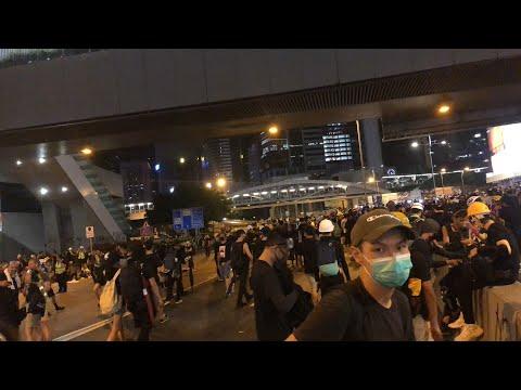 [直播]818金鐘政府總部民眾開始撤離