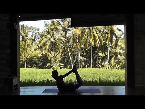 Cours de Yoga à Bali - Renan de Germain