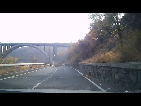 Разданское ущелье, золотая осень Еревана
