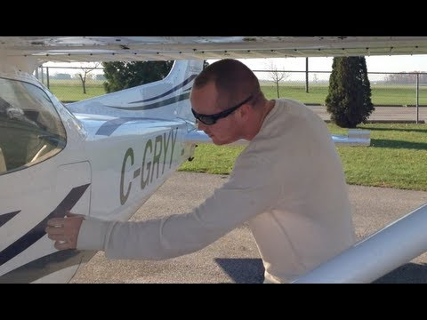 Zan Taking Fixed-Wing Flying Lessons - Cessna 172R - Oct 25, 2012