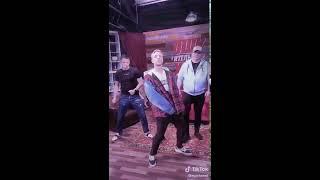 Егор Крид Гарик Бульдог Харламов Тимур Батрудинов танцуют