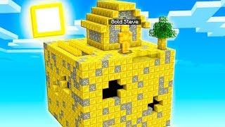 I FOUND Gold Steve's SECRET Minecraft Sky House!