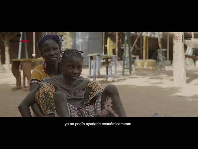 AGNES KABORE, madre de Adelphe, beneficiaria del proyecto de Asistencias sanitarias