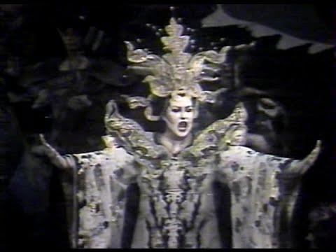 Puccini - Turandot Con Montserrat Caballé, Giacomini, Mitchell; Ozawa 1981 París