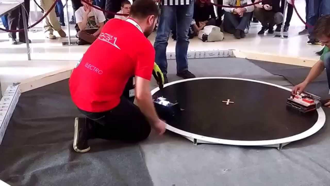 Robot Challenge 2015 Megasumo Qualifications Rudy vs