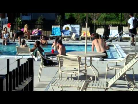 Province Rochester - Typical day @ the pool!