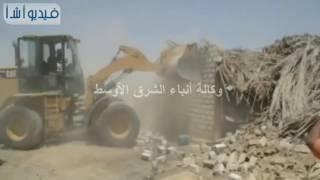 بالفيديو : المنيا تبدأ في تنفيذ توجيهات لرئيس بإزالة التعديات على جانبي الشبكة القومية للطرق