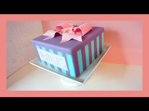 fondant geschenkbox torte mit schleife motivtorte mit. Black Bedroom Furniture Sets. Home Design Ideas