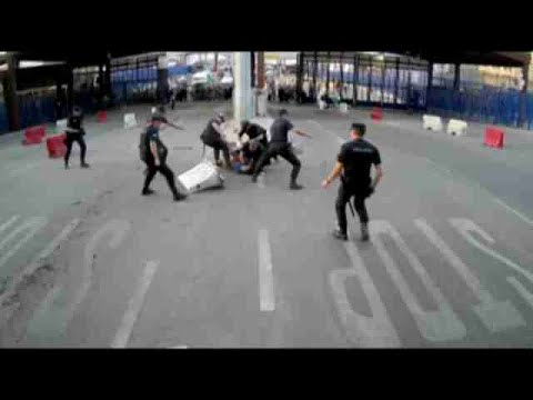 """Hiere a un policía al grito de """"Alá es grande"""" en la frontera de Melilla"""