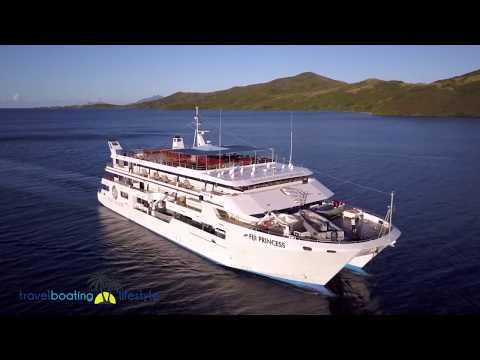Cruising Yasawa Islands, Fiji | Travel Boating Lifestyle