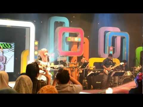 Aku Suka Dia - Ainan Tasneem (LIVE)