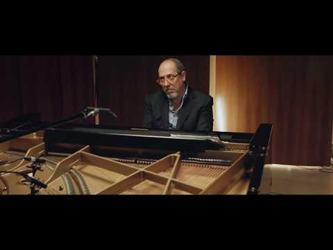 Giovanni Mazzarino - Gambrinus - CLIP 2 Piani Paralleli