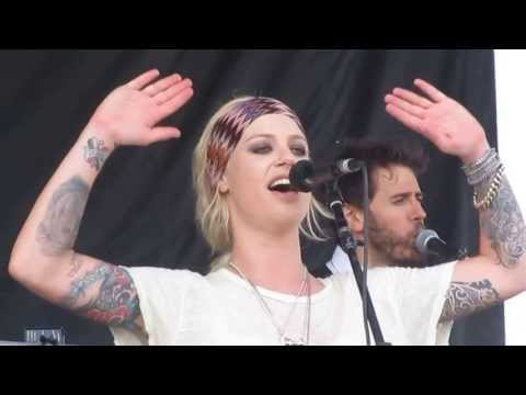 "Gin Wigmore performing ""Black Sheep"" at Warped Tour Ventura 2013"