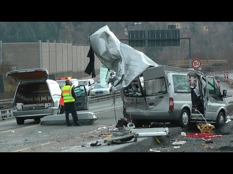 Download Unfall videos from Youtube - OMGYoutube.net