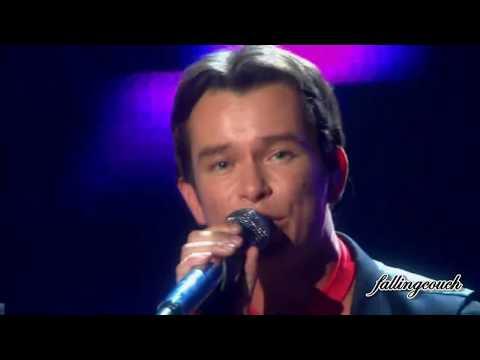 Boyzone - Love Me For A Reason (live)