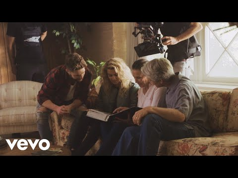Chris Lane - Take Back Home Girl (Behind The Scenes) ft. Tori Kelly