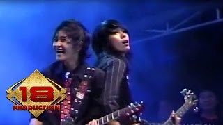 Video The Rock - Cinta Gila   (Live Konser Malang 05 Juni 2008) download MP3, 3GP, MP4, WEBM, AVI, FLV Juli 2018