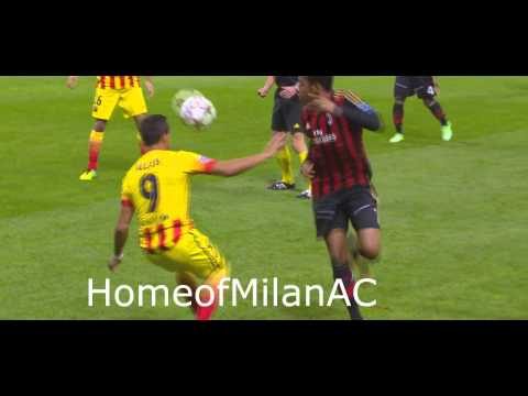 Robinho owns Sanchez Milan vs Barca