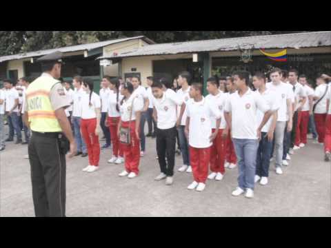 Trescientos alumnos iniciaron campo de acción 'Orden y Seguridad Ciudadana'