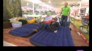 видео Какой надувной матрас лучше для сна