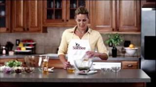Sue Bee Apple & Pecan Salad With Honey Poppy Seed Dressing