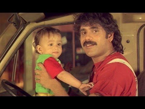 Sisindri Movie || Nagarjuna Repairing Van With Akhil || Nagarjuna, Tabu