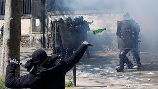 فرنسا: مشادات عنيفة في باريس على هامش مسيرة النقابات العمالية