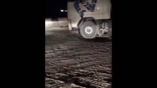 – بالفيديو.. شاحنات تسير عكس الاتجاه هربا من ميزان الكسارات بالعرمة