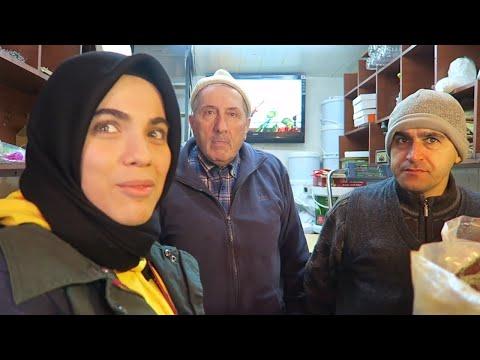 IZMIR, TURKEY. TALKING TO LOCALS & EXPLORING 🇹🇷