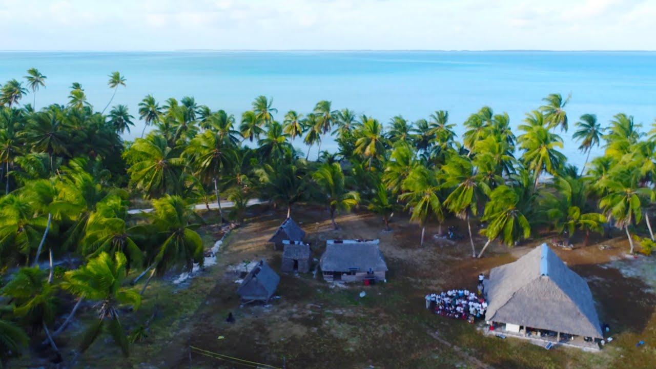Download Traditional Kiribati Maneaba Gathering on Tabuaeran - 4K VLOG 128