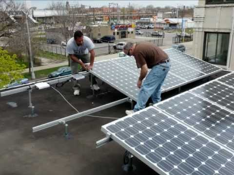 Earth Wind and Solar Energy installs Solar PV / UGE Wind Turbine Hybrid System in Chicago