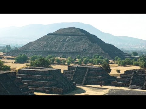 The Pyramids at Teotihuacán, Mexico in HD