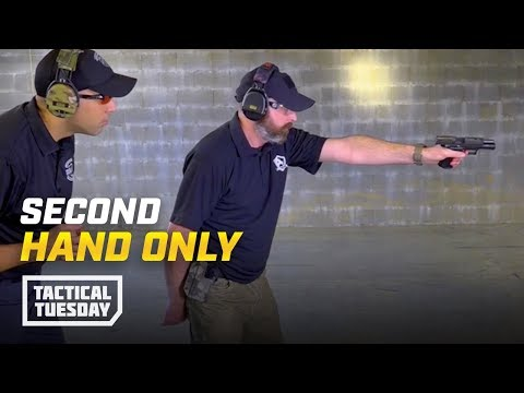 tactical-tuesday:-how-to-shoot-with-your-non-dominant-hand-only