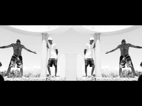 Neutro Shorty, Gregory Palencia, Dejavu Feat. Fuego