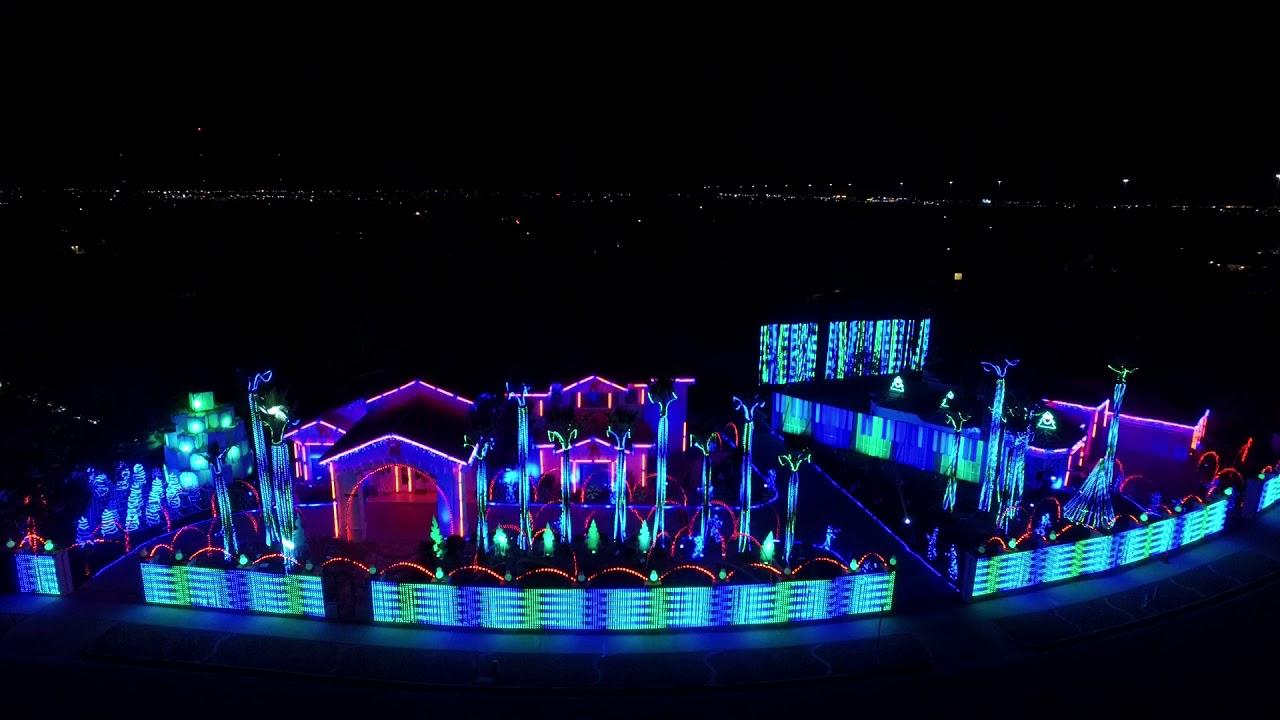 Fred Loya Christmas Light Show