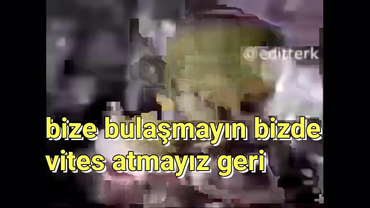 Alien meme song with lyrics-uçuyor yıldızlara müptezel ...