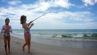 Little Girl Hooks Something BIG - AWESOME FISHING
