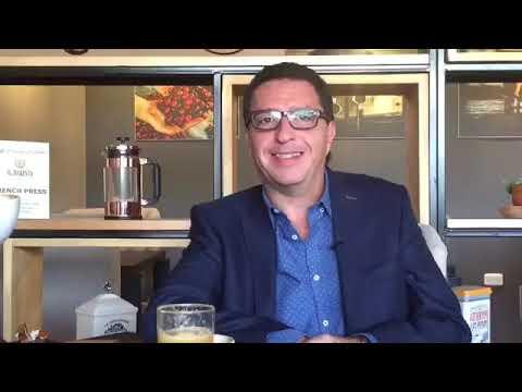 News and Coffee: Óscar Vela