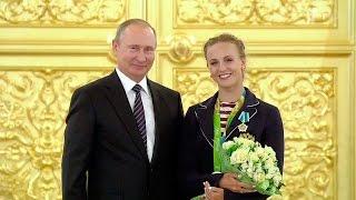 Владимир Путин вручил награды победителям и призерам олимпийской сборной России.