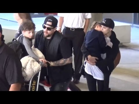 Joel Madden Arrives Home With The Kids And Nanny That Looks Just Like Nicole Richie