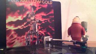 "Beck - ""Beer Can"" Vinyl Rip from Mellow Gold (1994)"