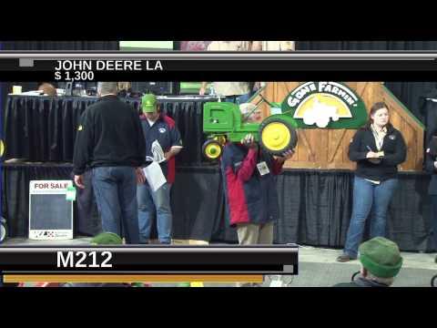 Gone Farmin Tractor Auction - Show Four 2014
