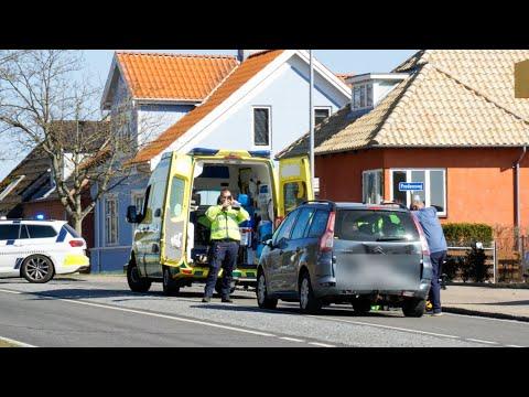 27.04.21 Børn løb over vejen: To biler kørt sammen i Korsør