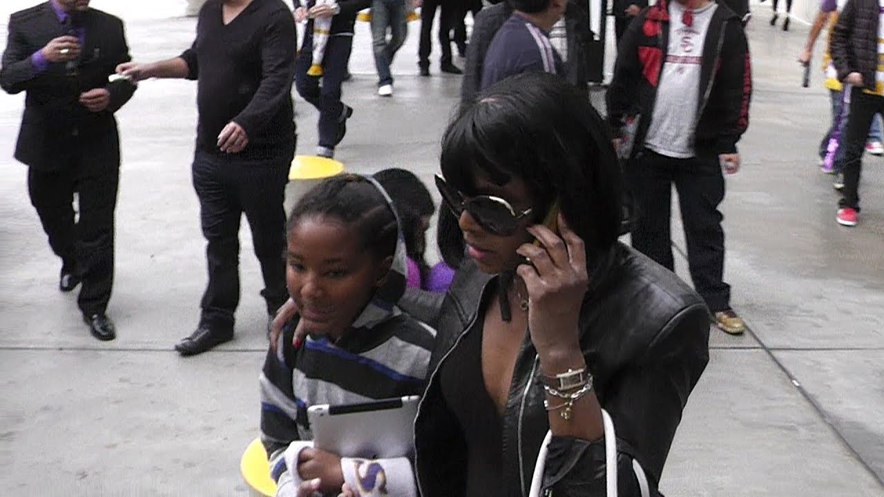 toni braxton and her children in la youtube
