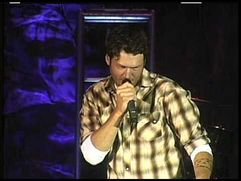 BLAKE SHELTON  Tight Fitting Jeans  2009 LiVE
