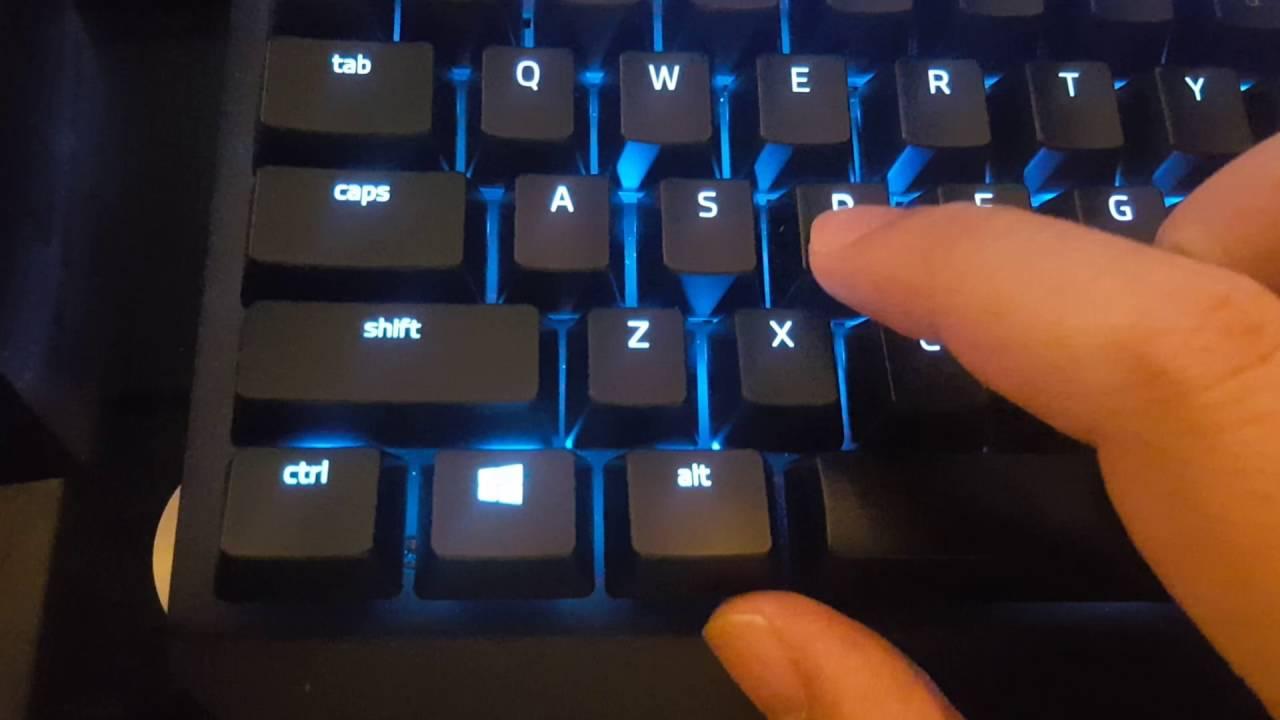 Razer Blackwidow X Chroma Tournament Edition Quality Issue Youtube Keyboard Te
