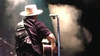"""Nathaniel Rateliff """"Mellow Out"""" Live at the Outlaw Country Music Festival, September 21, 2018"""